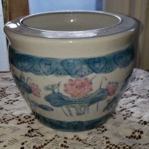 Water Lily Flower Pot or Vase